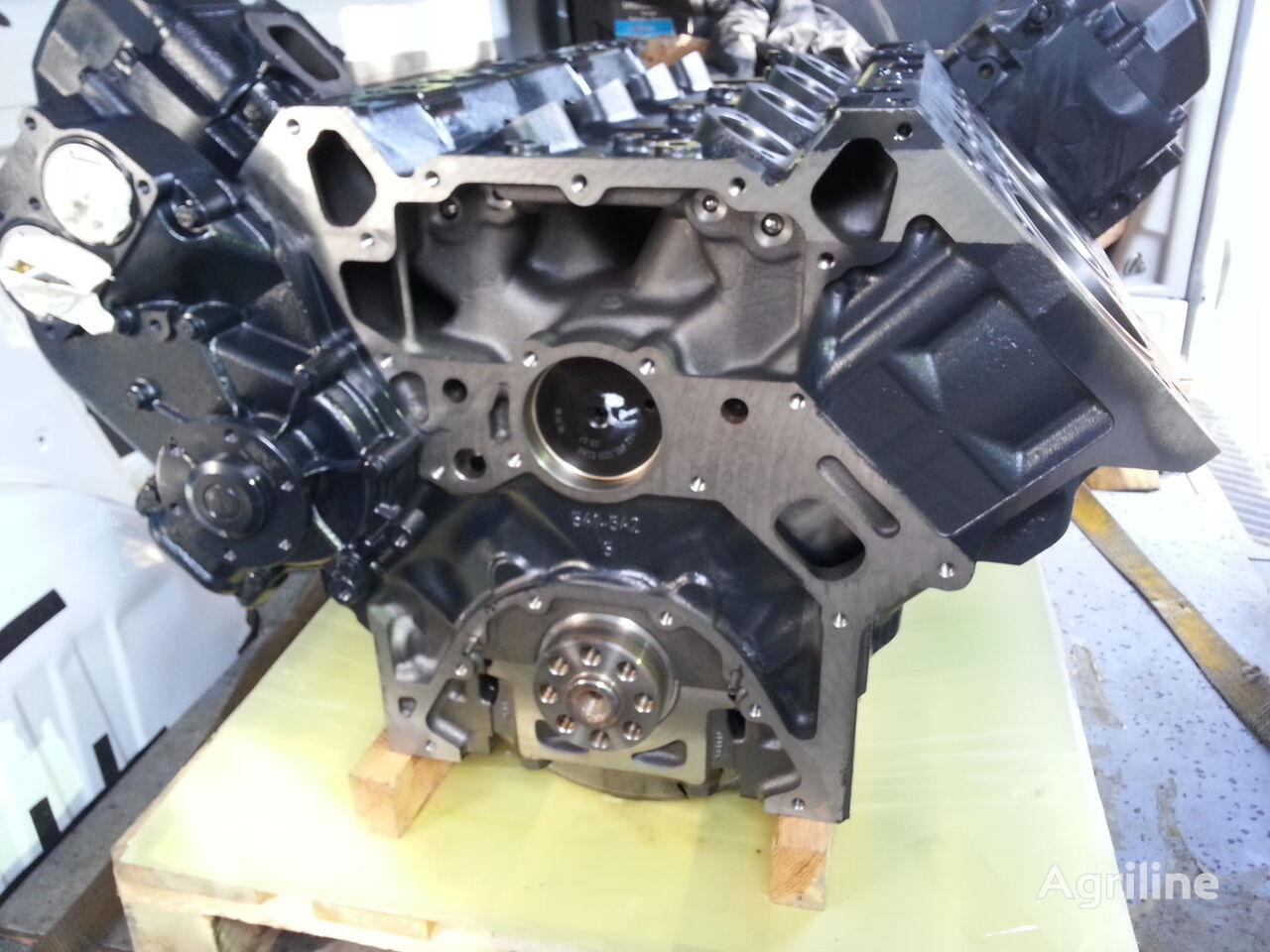 New mercedes benz om 502 la engine for claas combine for Mercedes benz engines for sale